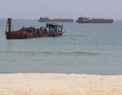 """Có tàu """"tuồn"""" cát ra Đà Nẵng nhưng... chưa biết hút ở đâu!"""