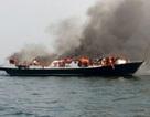 Cháy tàu du lịch ở Indonesia, 5 người chết