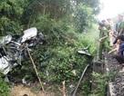 Tàu hỏa húc ô tô văng 50 mét, 4 người tử vong