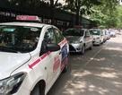 """6 bệnh viện tại Hà Nội bị tố để taxi độc quyền """"chặt chém"""" người dân"""