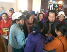 Quảng Trị: Hàng trăm tiểu thương bãi thị phản đối đấu giá lại lô quầy