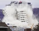 Tòa nhà 18 tầng bị đánh sập trong tích tắc ở Đức