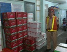 Bắt xe tải chở gần 3 tấn trái cây Trung Quốc