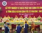 Phát bằng Cử nhân Phật học cho hơn 160 Tăng Ni sinh viên Huế