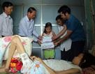 Trao gần 100 triệu đồng đến bé 9 tuổi chăm mẹ nằm liệt giường