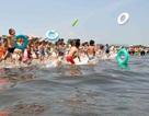 Trải nghiệm tắm biển gần bãi thử tên lửa ở Triều Tiên