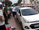 """""""Đạo chích"""" đập kính xe ô tô trước cổng trường trộm tài sản"""
