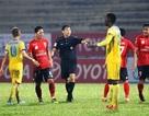 V-League: Khâu trọng tài và khâu kỷ luật yếu kém nhưng không được xử lý tốt