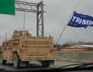 Bí ẩn đoàn xe quân sự treo cờ mang tên Trump