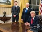 Tổng thống Trump đưa tượng cố Thủ tướng Anh về lại Nhà Trắng
