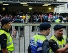 Malaysia bắt giữ hàng trăm lao động nước ngoài bất hợp pháp