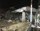 Tường cây xăng đổ sập vào nhà dân, một gia đình nhập viện