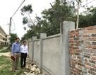 Xây thêm hàng rào thép gai để bảo vệ trường thi
