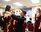 Áo dài Việt tại Tuần lễ Thời trang New York không chọn siêu mẫu gầy trơ xương