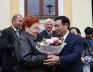 Cụ bà Slovakia và kỷ niệm tặng hoa Bác Hồ 60 năm trước