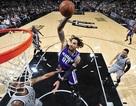 Ngôi sao bóng rổ của giải nhà nghề Mỹ NBA giao lưu với các VĐV nhí tại TPHCM