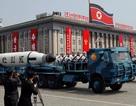 Nghi vấn Triều Tiên dùng xe tải Trung Quốc để di chuyển tên lửa