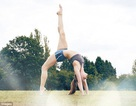 Trị đau thắt lưng: Yoga hiệu quả tương đương vật lý trị liệu