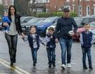 Danielle Lloyd hạnh phúc bên chồng và bốn con trai