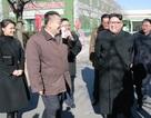 Đệ nhất phu nhân Triều Tiên tháp tùng ông Kim Jong-un thăm nhà máy