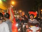 Hàng triệu người đổ về sau trận đấu, nhiều tuyến đường tắc cứng