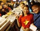 Du học sinh Việt khắp 5 châu thức trắng đêm, rực lửa cảm xúc cổ vũ U23 Việt Nam