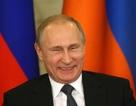 """Tổng thống Putin """"cán đích"""" sớm trong cuộc đua giành chữ ký ủng hộ"""