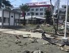 Du khách run rẩy kể lại giây phút thoát hiểm khỏi sóng thần ở Indonesia