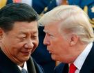 """Mỹ """"giáng đòn"""" Trung Quốc trên nhiều mặt trận"""