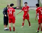 Thiếu gần nửa quân số, đội tuyển Việt Nam chơi đá ma