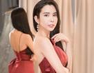 Huỳnh Vy mang 40 bộ trang phục sang Philippines tranh tài