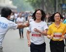 Hàng nghìn người xuống đường tham gia giải chạy đặc biệt giữa Thủ đô