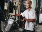 Chuyện kỳ lạ về cụ ông 85 tuổi ở Hà Nội hàng ngày đạp xe đi học đại học