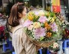 """Hoa nhập ngoại đắt gấp 10 hoa thường, """"cháy hàng"""" dịp 20/10"""