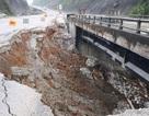 """Vụ cầu trên cao tốc Nội Bài - Lào Cai bị """"thiêu"""": Đường tạm lại sụt lún nghiêm trọng"""