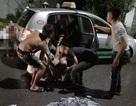 Tai nạn 7 người thương vong: Xe kẹp 4 lại dùng chung một áo mưa!