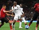 Sanchez, Lukaku tệ nhất trong trận hòa của Man Utd trước Valencia