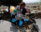 """Người Indonesia hoảng loạn trước loạt tin đồn """"chết người"""" sau thảm họa"""