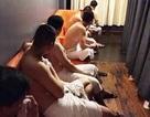 """Phá """"động"""" mại dâm đồng tính nam giữa trung tâm thành phố Cảng"""