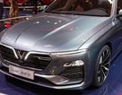 """""""Soi"""" kỹ hai mẫu xe VinFast trên sàn Triển lãm ô tô Paris 2018"""
