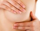 Cô gái trẻ 18 tuổi sốc khi được chẩn đoán ung thư vú