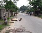 Người đàn ông tử vong bên đường, người nhà yêu cầu khám nghiệm tử thi