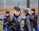 """Tuyển thủ U23 Việt Nam """"phát hãi"""" với cái lạnh tại Giang Tô"""