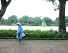 Hà Nội se lạnh, nhiều mây và mưa rải rác