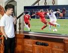 Khám phá chiếc TV OLED siêu mỏng của cầu thủ Quang Hải