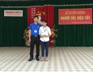 Bộ GD&ĐT tặng Bằng khen đến thầy giáo lao xuống dòng nước cứu học sinh