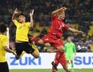 """Thua liểng xiểng, """"Messi Lào"""" vẫn tự tin… giành vé vào bán kết"""