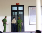 Vì sao cựu Trung tướng Phan Văn Vĩnh liên tục rời phòng xử án?