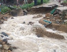 Mưa lũ kinh hoàng ở Nha Trang: 4 học sinh tử nạn thương tâm