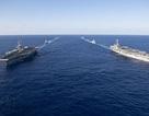 Cận cảnh hai tàu sân bay Mỹ phô diễn sức mạnh ở vùng biển Philippines